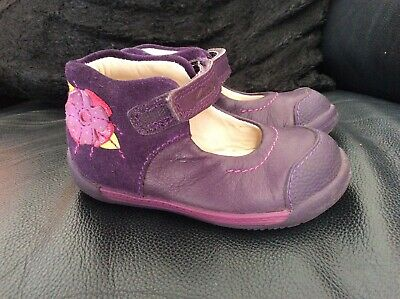 CLARKS INFANT GIRLS PURPLE SUEDE AND LEATHER 1 ST SHOES 4.5F 20.5 Summer Holiday