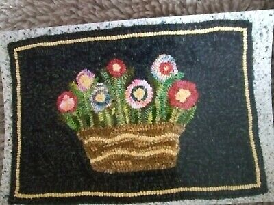 Rug Hooking Pattern on Primitive Linen - Basket of Posies - 12 x 18 - Hand Drawn