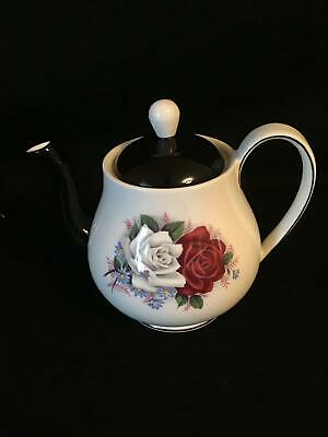 QUEEN ANNE England China DUET White Red Roses TEAPOT
