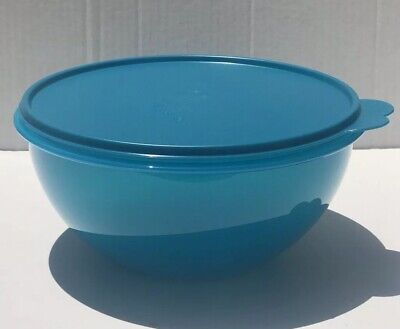 Tupperware impressions 12  Cups Bowl Blue With Matching Seal