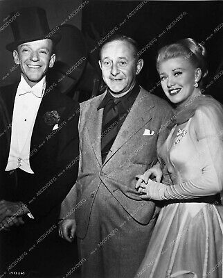 0735-16 Fred Astaire Arthur Freed Ginger Rogers behind the scenes 735-16 0735-16