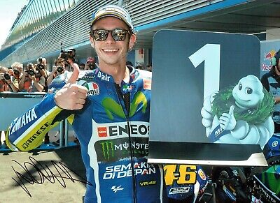 VALENTINO ROSSI Autograph 2019 SIGNED 16x12 Yamaha Photo 4 AFTAL COA VR46 Vale