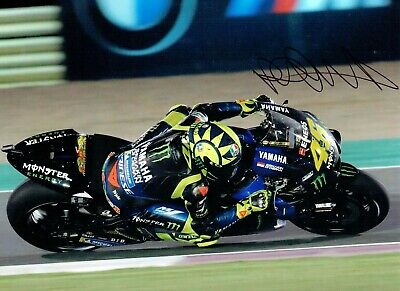 VALENTINO ROSSI Autograph 2019 SIGNED 16x12 Yamaha Photo 8 AFTAL COA VR46 Vale