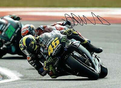 VALENTINO ROSSI Autograph 2019 SIGNED 16x12 Yamaha Photo 9 AFTAL COA VR46 Vale