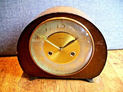 Antique 1930's Art Deco Smiths Oak Mantel Clock with Gilt Detail (with Pendulum)