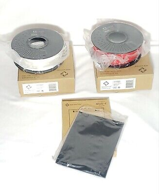 2 New Matter PLA Filaments 1.75mm RED, WHITE & 3 Print Surface Plates