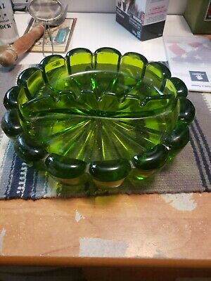 Vintage Emerald Green Glass Ashtray Heavy A1