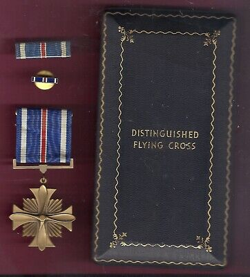 WWII Distinguished Flying Cross with ribbon bar and lapel pin in wood Case DFC