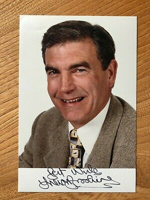 Trevor Brooking football commentator 6x4 colour signed autographed photo