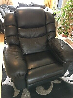 La Z Boy Leather Recliner With Massage, Heat And Fridge