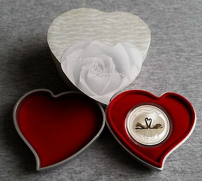 "2009 Niue 2 Dollars Silver Coin Black Swan ""Love is Precious"" heart box & COA"