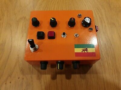 Dub Siren with built in delay NJD clone