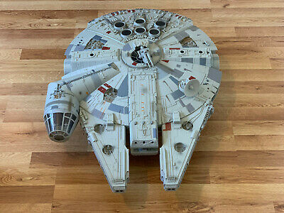 Star Wars Millennium Falcon Legacy from 2008 in Excellent Condition