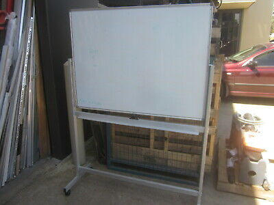 FLIP OVER DOUBLE SIDED MOBILE WHITEBOARD 1200 x 900mm,