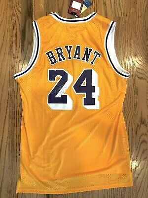 Kobe Bryant Autographed Jersey Los Angeles Lakers #24