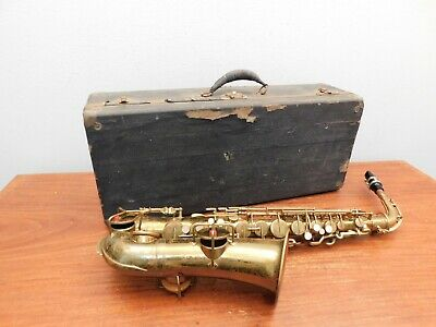 Lyon & Healy Inspiration Antique Saxophone Serial #12942 Elkhart Ind w/ Case