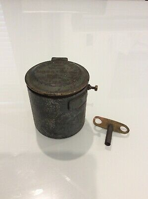 Vintage Newbridge Made By Horstmann Gear Co. Timer; With Key; Collectable; Works