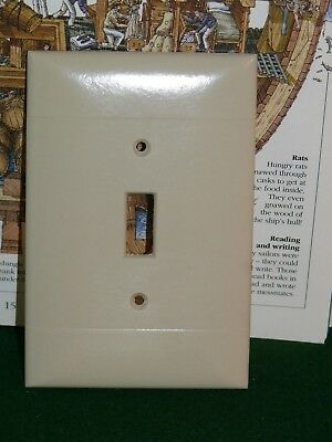 Vintage Over Sized Bakelite Sierra Single toggle SWITCH Wall Cover Plate