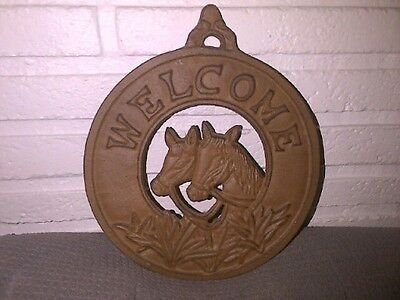 """Rustic Rust Colored Cast Iron Hanging  Horses WELCOME SIGN 8+"""" diameter"""