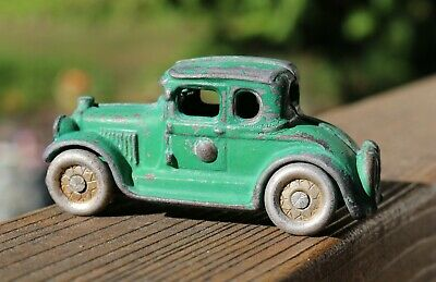 """Antique 1920's A.C.Williams Green Cast Iron Ford Coupe, 3 1/2"""" Long, Original"""