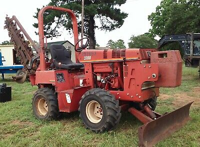 Strong Running Ditch Witch 3700 3700Dd Diesel 4Wd Ride On Trencher - Low Hours!!