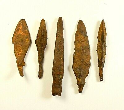 LOT OF 5 - ANCIENT ROMAN BATTLE IRON ARROW ARROWHEAD - c. 300-400 AD