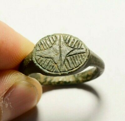 Lovely Ancient Roman Bronze Ring With Decorated Bezel - Wearable