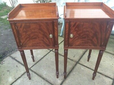 Pair of Regency Style Mahogany Bedside Cabinets in the Gillows Manor