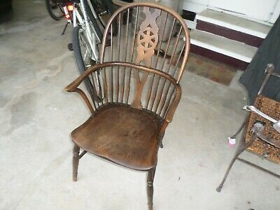 Antique Thames Valley Ash And Beech Wheel Back Windsor Chair