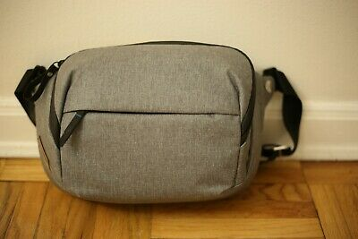 Peak Design 5L Everyday Sling Bag Camera Gray