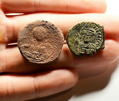 Ancient Byzantine Bronze Coin - LOT OF 2 / D: 24-28mm