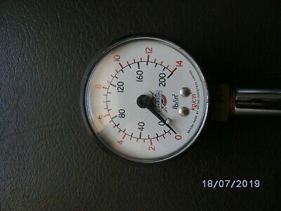 Vintage Crypton Pressure Tester in very good condition 200 LB / IN 14 KG / CM