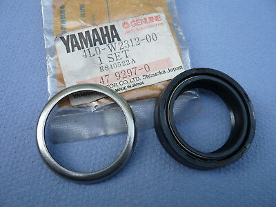 Yamaha RD 350 LC 4L0  RD 250 LC 4L1  1x  Simmerring von Gabel Oil Seal Frontend