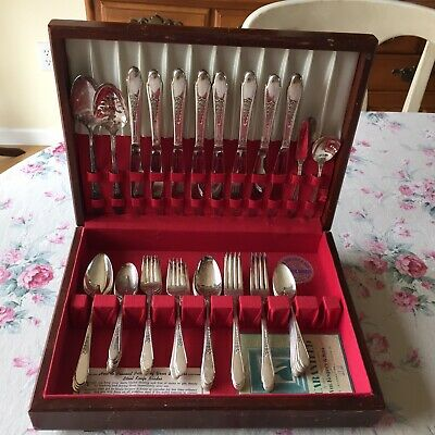 Vtg 1941 WM ROGERS & SON IS Silver Plate Flatware GARDENIA 51 Pc SET Silverplate