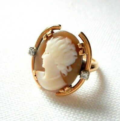 Vint 14K Yellow Gold Carved Shell Cameo Ring w/ Diamond Accents. Unusual SZ 4.5+