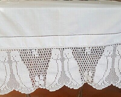 STUNNING White Hand Crochet Filet OWLS & FLORAL Vintage LARGE TABLECLOTH