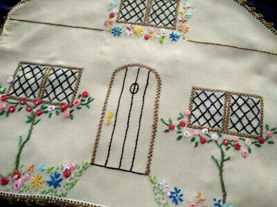 Charming Vintage Quaint Cottage & Spider Roses Hand Embroidered Teacosy/Cover