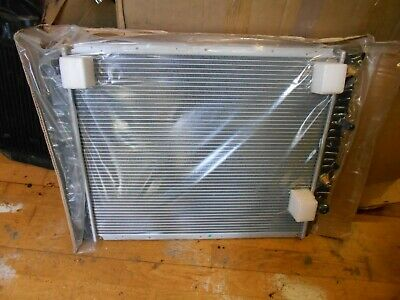 Volvo S90, V90 3.0i Manual 1996-99 NOS AVA Alloy Radiator