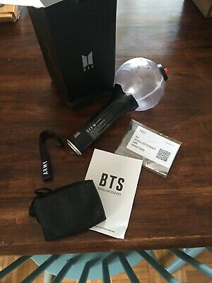 Bts - Official Light Stick Army Bomb Ver 3 + 7  Photo Cards