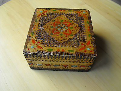 Vintage Decorative Wooden Carved Hand Painted Jewelry Trinket Box #676