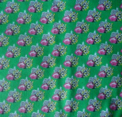 1.5 M X 89 Cms Vintage 1960S Viyella Type Fabric Small Pink Flowers On Green