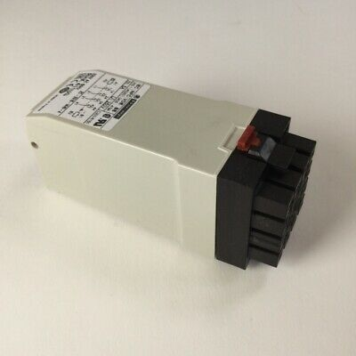 Schneider Electric RHK411UG Latch Relay Zelio Relay Plug-in relay New NFP