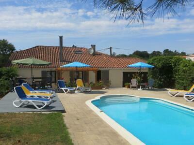 Holiday Home To Rent In The Vendee Area Of South West France.  Sleeps 8 People.