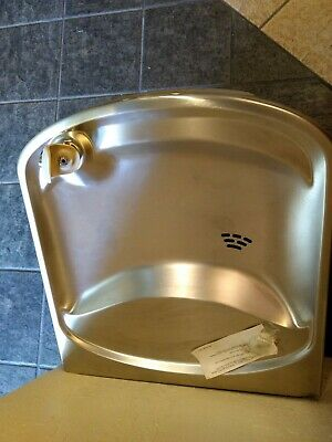 ELKAY Stainless Steel Wall Mount Water Drinking Fountain Push Button - New
