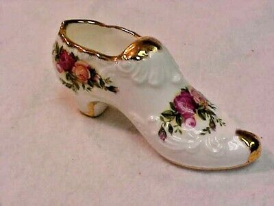 Royal Albert Old Country Roses 1962 Miniature Victorian Shoe Made In England