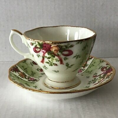 Royal Albert Old Country Roses Ruby Celebrations Teacup & Saucer England