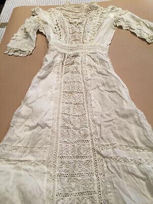 Ladies Antique Victorian White Cotton Batiste Dress