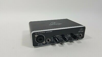 Behringer UMC22 USB Audio Interface