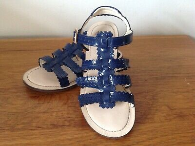 Clarks Girls Sandals Size 1 F Good Condition