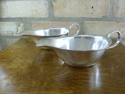 a nice pair of vintage GAB Ltd EPNS silver plated Sauce boat jugs #1